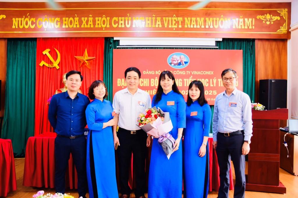 Đại hội Chi bộ trường Tiểu học Lý Thái Tổ nhiệm kỳ 2020-2025 thành công rực rỡ