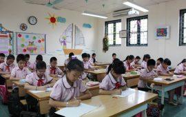 Học sinh nhà trường làm bài thi khảo sát chất lượng đầu năm học